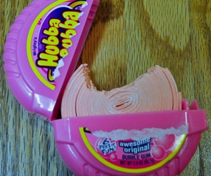 gum, pink, and hubba bubba image