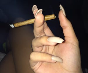 nails and blunt image