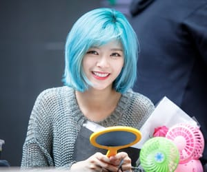 twice and jeongyeon image