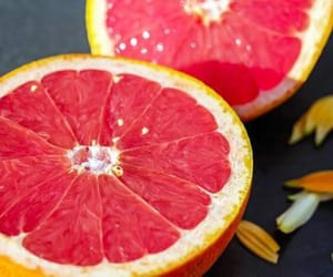 grapefruit and FRUiTS image