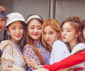 idle, minnie, and soyeon image