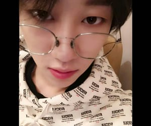 kpop, Seventeen, and minghao image
