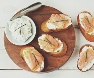 article, salmon, and tomatoes image