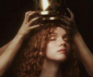 corona, cuento, and inspiracion image