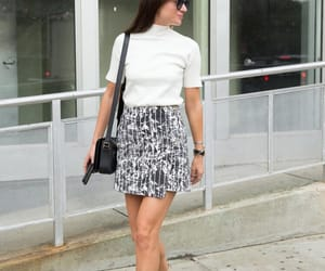 casual, chic, and effortless image