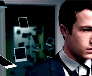 gif, 13 reasons why, and clay jensen image