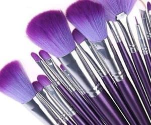 make up brush image