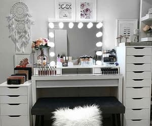 home and makeup image