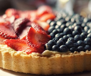 food, berry, and pie image