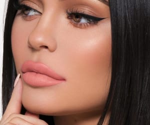 kylie jenner, beauty, and makeup image