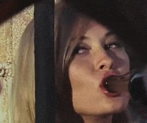 bonnie and clyde, gif, and Faye Dunaway image