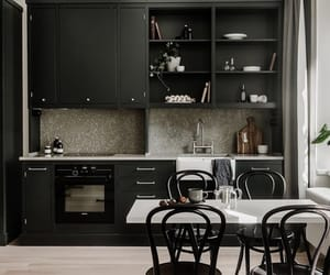 black and decor image