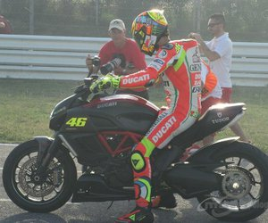 valentino rossi and ducati weekend image