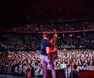 horan, niall, and flicker tour image