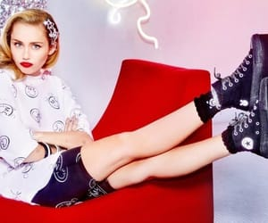 miley cyrus and conversexmiley image
