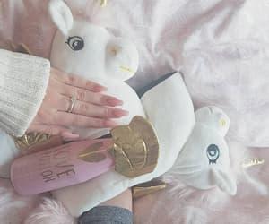 pink, uñas, and unicornio image