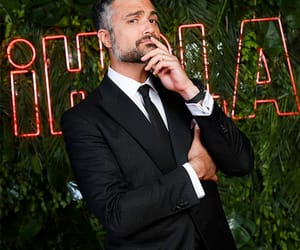 actor, moda, and elegancia image