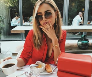 blonde, breakfast, and cafe image