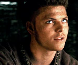 gif, vikings, and alex høgh andersen image