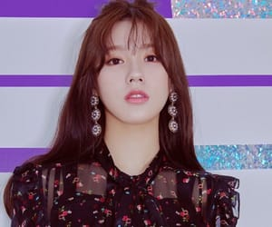 (g)i-dle, miyeon, and idle image
