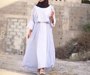 muslim, modest clothing, and muslim clothing image