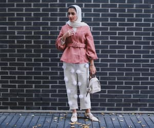 hijab, muslim, and stylish image