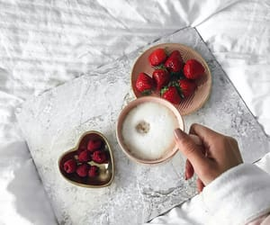 breakfast, chic, and drink image