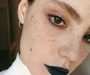 fashion, freckles, and girls image