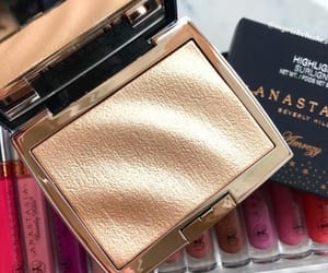 gold, highlighter, and luxury image