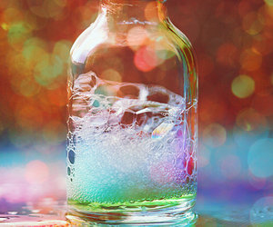 bubbles and bottle image