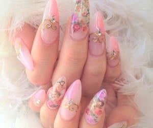 nails, pink, and kawaii image
