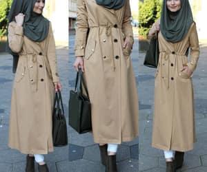 modesty, modest clothing, and hijâbi image