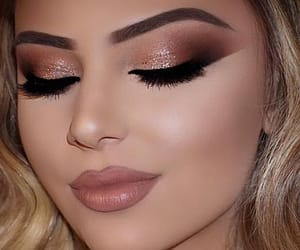 make up, nude lips, and rosegold shadow image