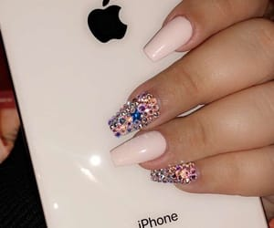 nails, sparkly, and nail inspo image