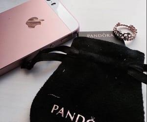 iphone and pandora image