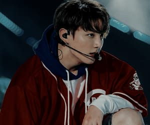 background, concert, and jeon jungkook image