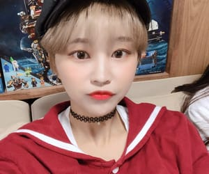 hyebin, momoland, and kpop image