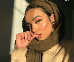 beautiful, face, and hightlighter image