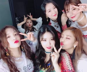 (g)i-dle, soyeon, and soojin image