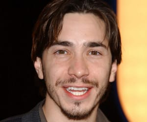 actor, justin long, and man. hot image