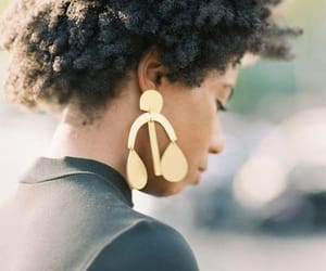 black women, afro hair, and afro textures image