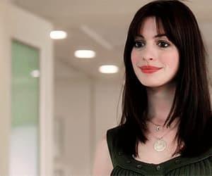 Anne Hathaway, gif, and meryl streep image