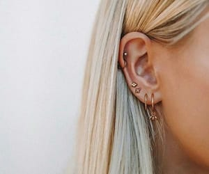 hair, accessories, and earrings image