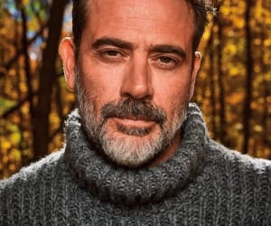 jeffrey dean morgan, negan, and twd image
