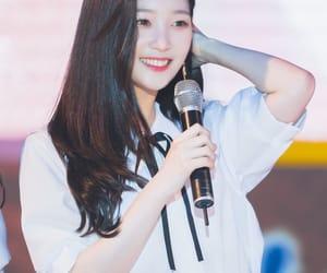 girl, k-pop, and ioi image