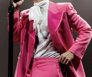 Harry Styles, harry, and pink image