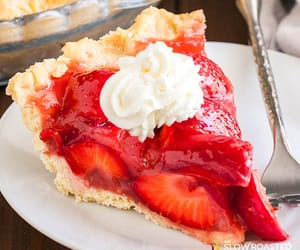 pie and strawberry image