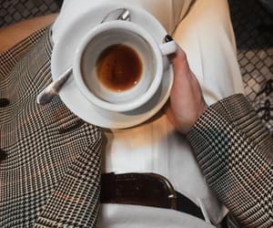coffee and chic image