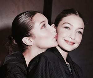 model, bella hadid, and gigi hadid image