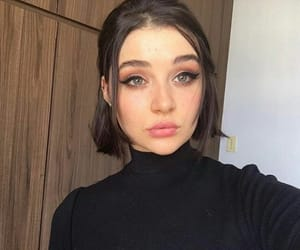 aesthetic, brunette, and fashion image